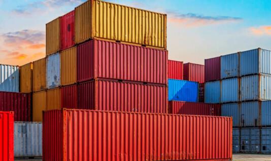 Морские контейнерные перевозки в Украину
